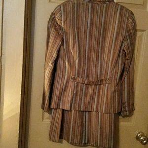 2PC Ladies Skirt Suit